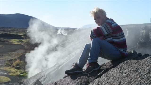portrait of a man travelig in iceland, europe. - gelegenheit stock-videos und b-roll-filmmaterial