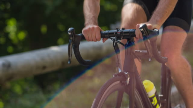 portrait of a professional road cyclist - cycling event stock videos & royalty-free footage