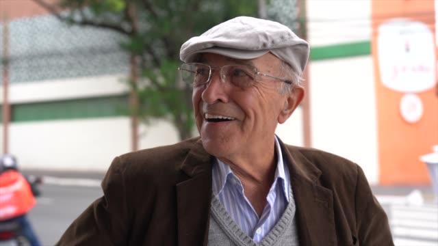 portrait of a senior man in the street - pardo brazilian stock videos & royalty-free footage