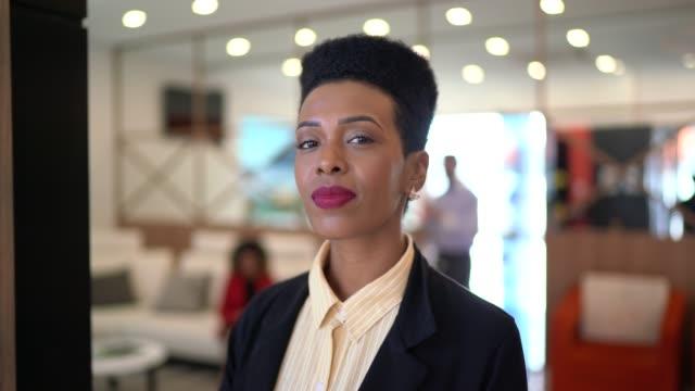 portrait of a serious businesswoman - pardo brazilian stock videos & royalty-free footage
