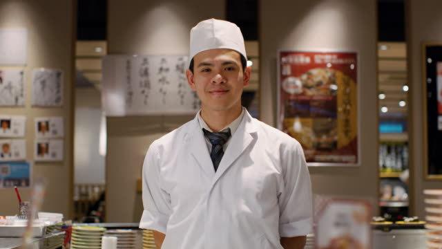MS Portrait of a sushi chef / Tokyo, Japan