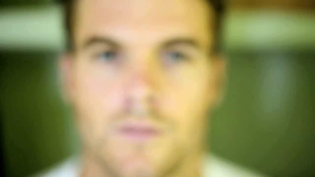 vidéos et rushes de portrait d'un jeune homme - nez humain