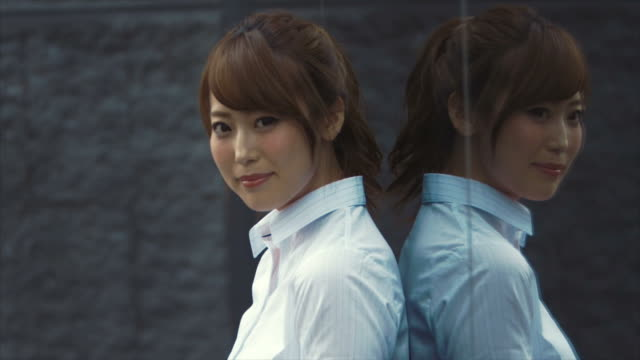 Portrait of an Japanese Businesswoman (slow motion)