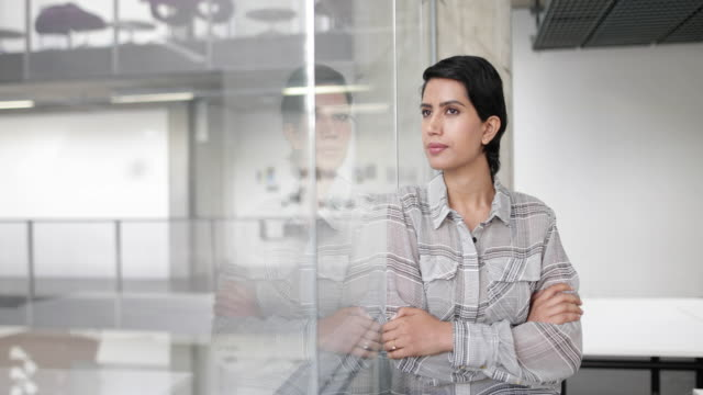 portrait of arabic businesswoman in an office - middle eastern culture stock videos & royalty-free footage