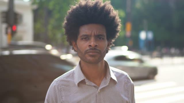 portrait of businessman on the city - pardo brazilian stock videos & royalty-free footage