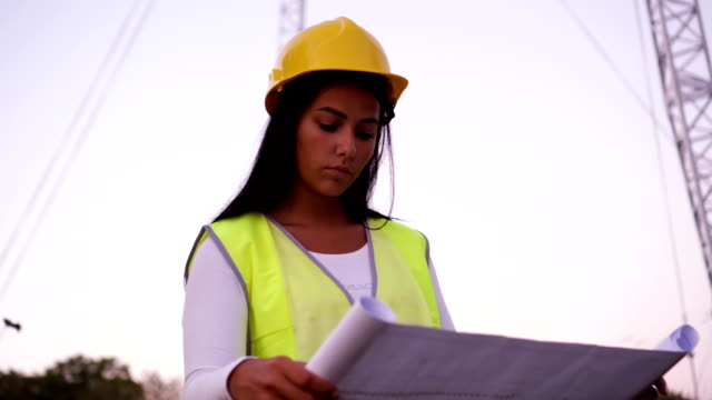 portrait of electrician engineer - cable stock videos & royalty-free footage