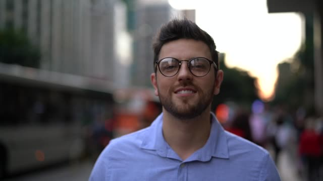 portrait of handsome man in the city - pardo brazilian stock videos & royalty-free footage