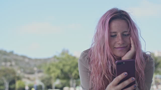 cu portrait young woman with pink hair - pink hair stock videos & royalty-free footage