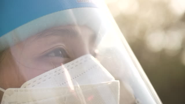 portraits of woman with face mask - welding helmet stock videos & royalty-free footage