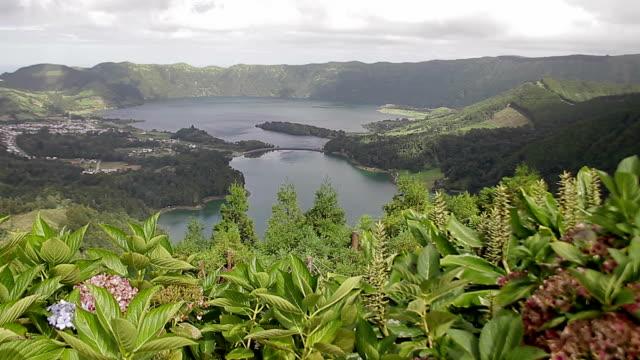 ポルトガル アソーレス サン ・ ミゲル ラゴア 7 cidades - アゾレス諸島点の映像素材/bロール