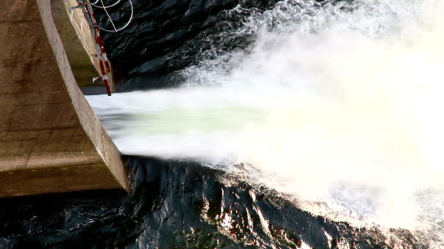 vidéos et rushes de barragem de lindoso portugal - barrage