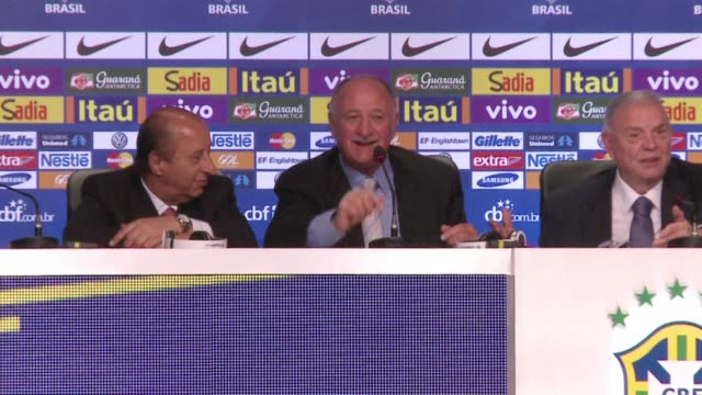 vídeos de stock e filmes b-roll de portugese authorities have charged brazils national coach luiz felipe scolari with tax fraud less than a month before the world cup starts a... - porta voz masculino