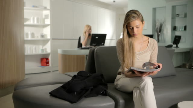 posh waiting room - receptionist stock videos & royalty-free footage