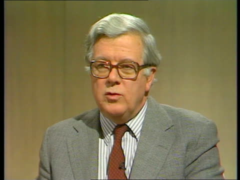 Possible civil disobedience ENGLAND London Studio Two Way intvw Sir Geoffrey Howe Governments are always behind in the polls in midterm/the creation...