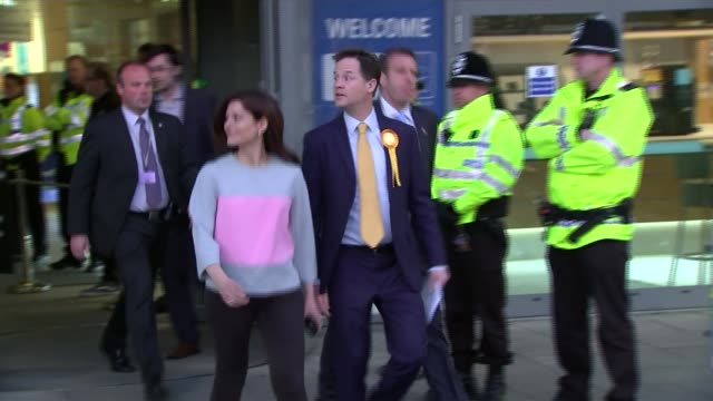 post 2015 general election roundup lib sheffield hallam photography** nick clegg mp along from election count venue with his wife miriam clegg and... - ニック クレッグ点の映像素材/bロール