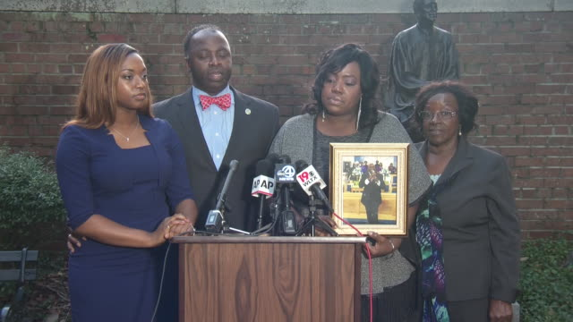 post dylann roof sentencing hearing press conference with the family of reverend daniel simmons. dylann roof is an american white supremacist and... - crime or recreational drug or prison or legal trial点の映像素材/bロール