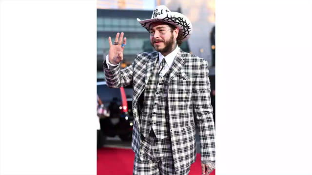 vídeos de stock e filmes b-roll de post malone attends the 2019 american music awards at microsoft theater on november 24, 2019 in los angeles, california. - microsoft theater los angeles