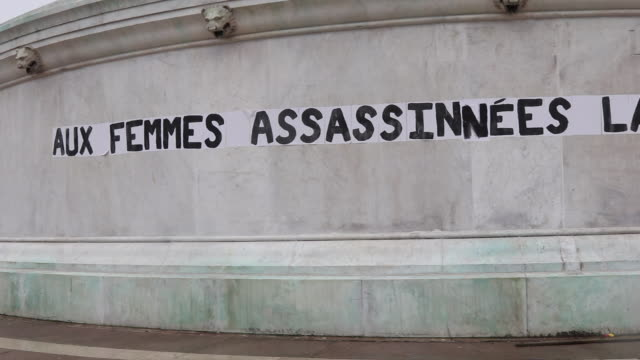 poster pasted place of the bastille under the motto of the french republic liberty equality fraternity dozens of women post since the end of august... - バスティーユ点の映像素材/bロール