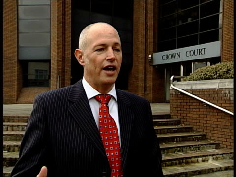vídeos y material grabado en eventos de stock de postman jailed for stealing cheque books harrow crown court ext detective chief inspector murray duffin interview sot people were queueing up at... - golders green