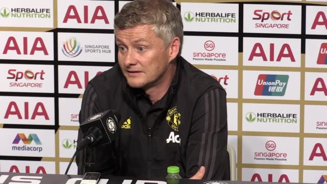postmatch press conference with ole gunnar solskjaer after the victory against inter milan in the international champions cup in singapore ole gunnar... - raised eyebrows stock videos & royalty-free footage