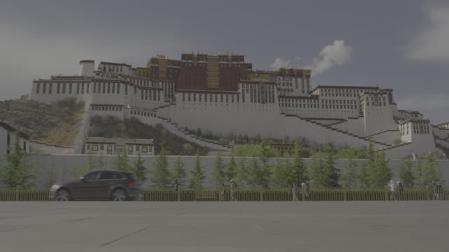 potala palace in lhasa city china - tibet autonomous region stock videos & royalty-free footage