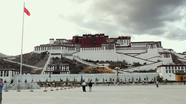 ws potala palace / lhasa, tibet - stationary process plate stock videos and b-roll footage