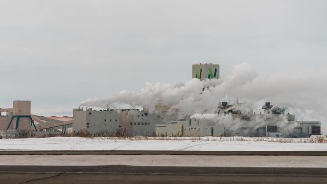 stockvideo's en b-roll-footage met potash mine , time lapse - watervorm