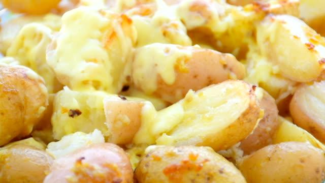 Kartoffelgratin mit Käse