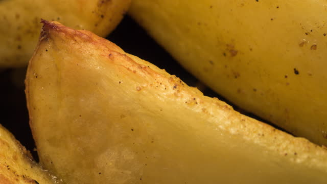 Potato Wedges Cooking Extreme Close-up Time Lapse