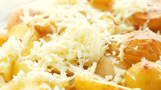 potatoes baked with cheese - gratin stock videos & royalty-free footage