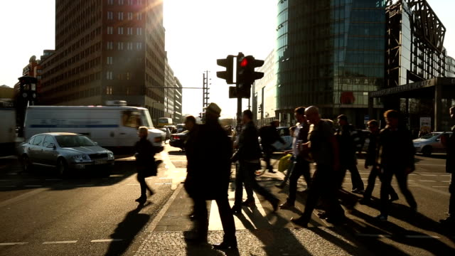 potsdamer platz in berlin, realtime - traffic light stock videos & royalty-free footage