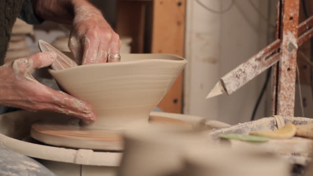 cu pan potter making bowl / frenchtown, new jersey, usa - potter stock videos & royalty-free footage