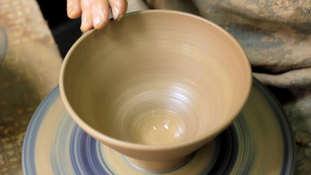 vídeos y material grabado en eventos de stock de potters rueda - craft