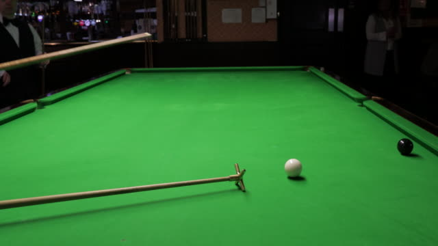potting the black ball - pool cue sport stock videos & royalty-free footage
