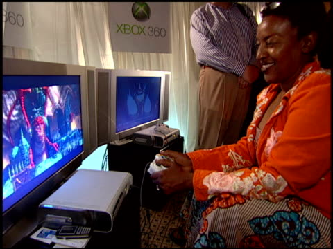 cch pounder at the xbox 360 at the extra emmy lounge at the le merridien hotel in beverly hills california on september 15 2005 - xbox stock videos & royalty-free footage