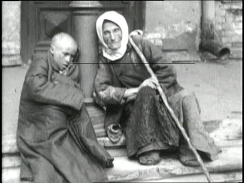 Povertystricken women and children crowd Russian streets