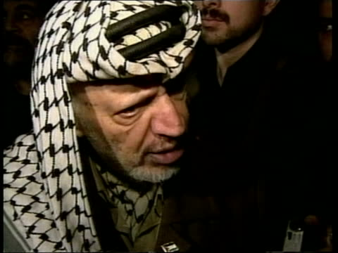 Powell peace mission fails POOL INT Yasser Arafat speaking to press SOT Asks the international community whether it is acceptable that he can not go...