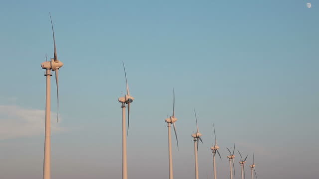hd: power generating windmills - medium group of objects stock videos & royalty-free footage