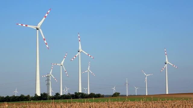 generazione di mulini a vento di - girandola video stock e b–roll