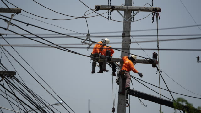 power line workers - power line stock videos & royalty-free footage
