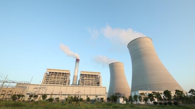 発電所 - ケーブル線点の映像素材/bロール