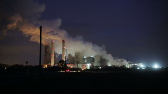 power station - smoke stack stock videos & royalty-free footage