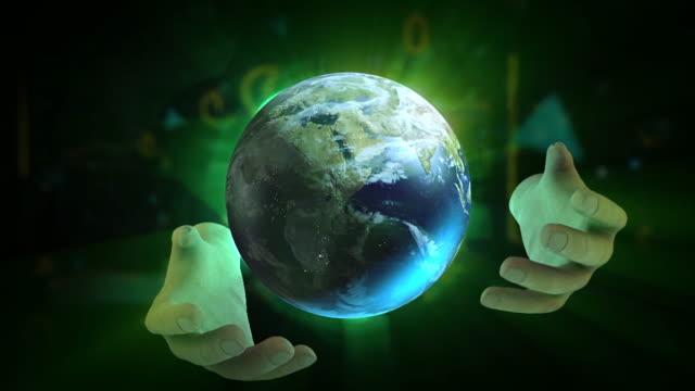 vidéos et rushes de mains puissantes de jouer avec le monde - authority