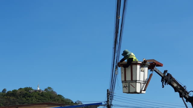 powerline workers - cable stock videos & royalty-free footage