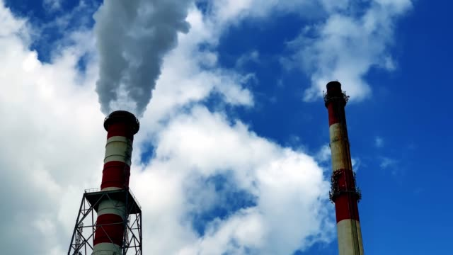 Powerstation chimney emits toxic gas in city