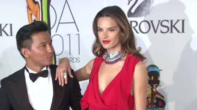 vídeos de stock, filmes e b-roll de prabal garung and alessandra ambrosio at the the 2011 cfda fashion awards at new york ny - alessandra ambrosio