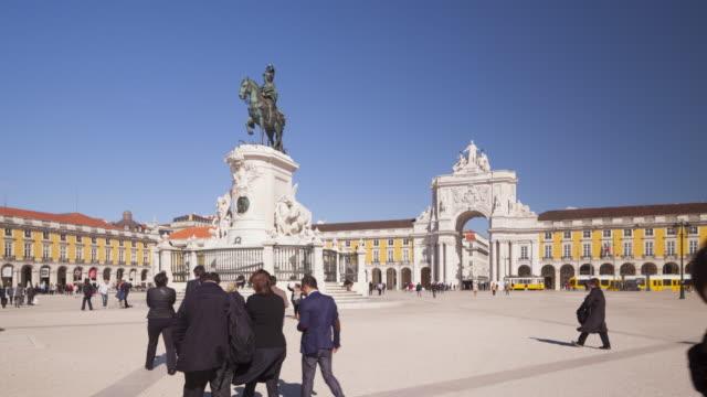 praca do comercio and arco da rua augusta, lisbon. - town square stock videos & royalty-free footage