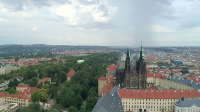 stockvideo's en b-roll-footage met prague castle aerial drone view of the castle in prague, czech republic. - praag