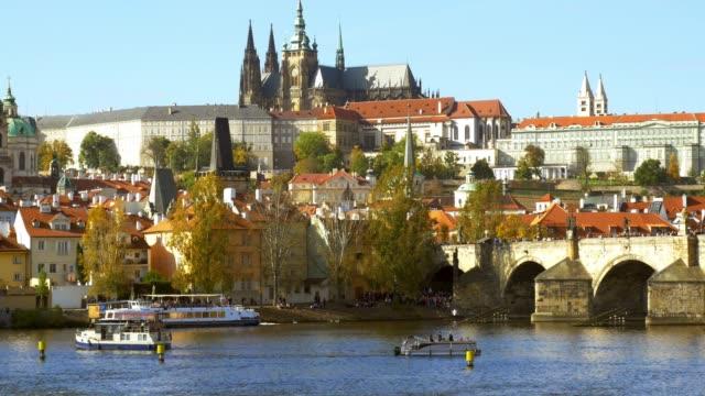 Prag-Karlsbrücke und Hradschin Hill