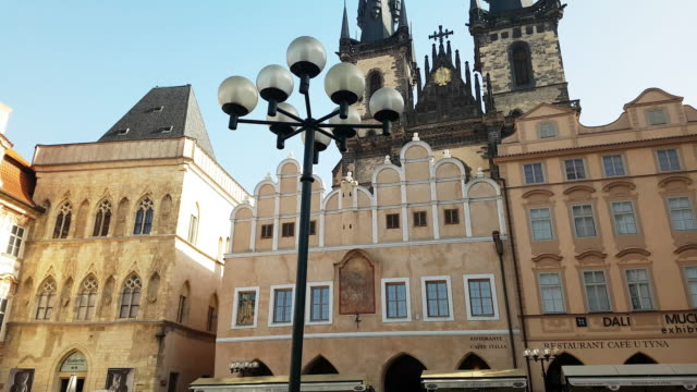 prague old town square and tyn church - tyn church stock videos & royalty-free footage